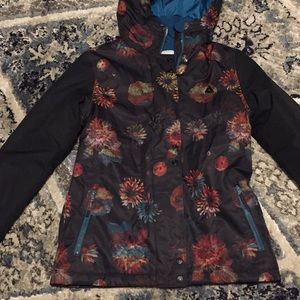 New floral snowboard jacket size small